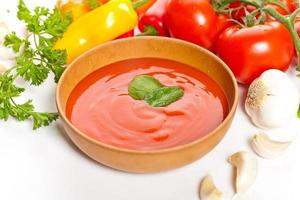 färsk tomatsoppa