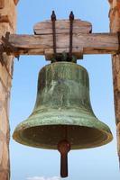 forntida klocka i fästningen av calafell, spanien foto