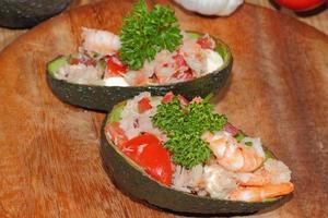 , avokado, guacamole, räkor, tonfisk, sallad, guacamole foto