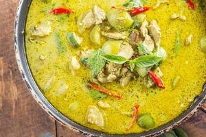 grön fläsk curry, thailändsk mat foto