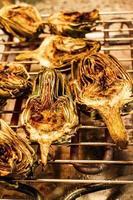matlagning kronärtskocka foto
