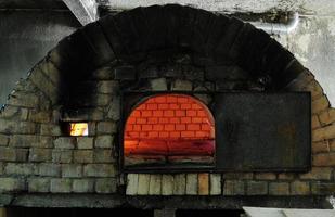 tegel bröd ugn. foto