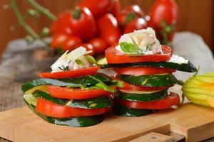 insalata caprese - italiensk sallad foto