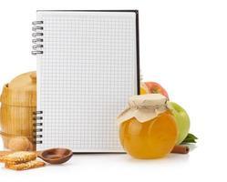 matlagning recept bok och mat foto