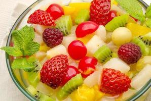 färsk fruktsallad foto
