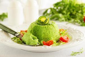 flan-zucchini tårta. foto
