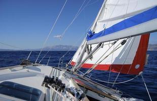 segling i adriatiska havet foto