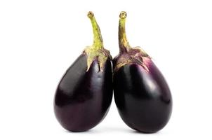 färsk aubergine foto