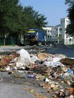 avfall från sopbil foto
