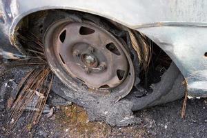 bränt däck