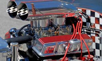 anpassad bilmotor foto