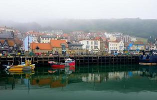 scarborough hamn och stad foto