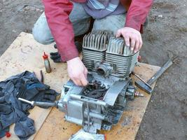 motorcykel reparation foto