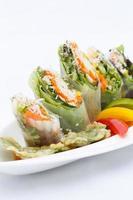 vårrullar med grönsaker foto