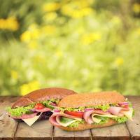 smörgås, bulle, skinka foto