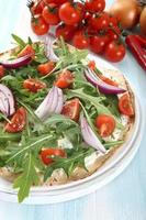 läktiga pizza grönsaker foto