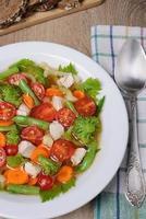 grönsakssoppa med kyckling foto