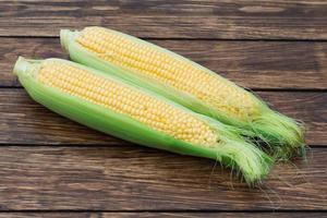majs på kolven foto