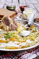 soppa med pärlkorn och kött foto