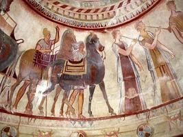 thrakiska gravar fresker foto