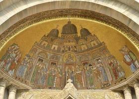 fresker av helgonmärke foto