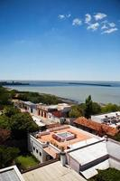 Flygfoto över colonia del sacramentos historiska centrum i Uruguay