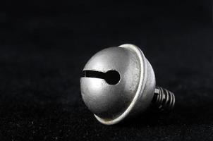vintage liten metallklocka foto