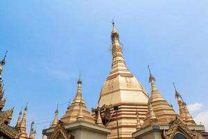 sule pagoda i yangon, burma (myanmar) foto