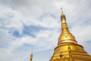 gyllene pagod. foto