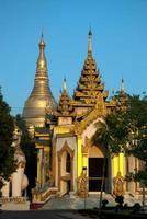 shwedagon pagod, yangon. foto