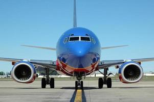 flygplan på flygplatsen