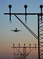 flygplats närmar landningsriktningsljus foto