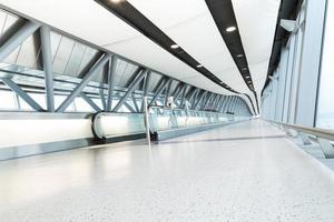 flygplats, terminal korridor foto