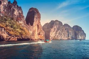 pittoreska havslandskap foto