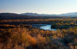 panorama över sjön foto
