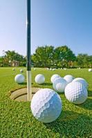 golfövning att sätta grönt foto