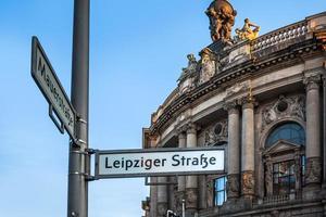 vägskyltar i Berlin Tyskland