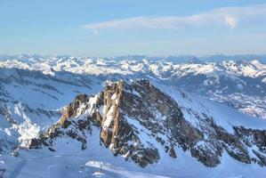 fantastisk utsikt - bergskidområdet Kitzsteinhorn, Österrike.