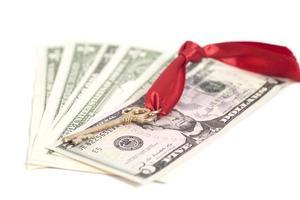 nyckel till framgång på dollarsedlar foto