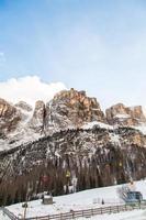 italiensk dolomiti redo för skidsäsongen foto