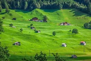 lilla byn i Schweiz foto