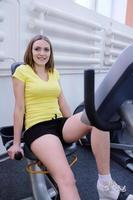 flicka i gymmet foto