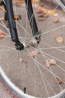 framhjulet på cykeln foto