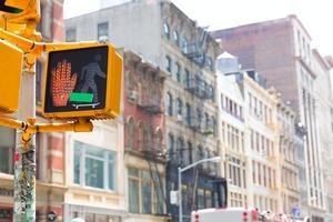soho stoppa peaton redlight i manhattan new york foto