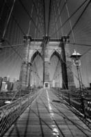 brooklyn bridge och manhattan new york city oss foto