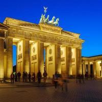 Brandenburg gate på natten, Berlin, Tyskland foto
