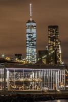 New York City på natten. foto