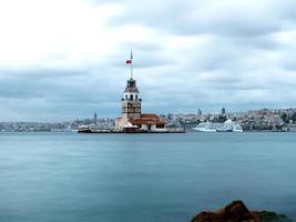 jungfru tornet av istanbul foto
