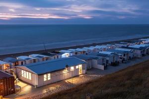 trailerpark vid stranden foto