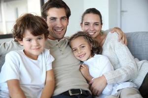 glad familjeporträtt